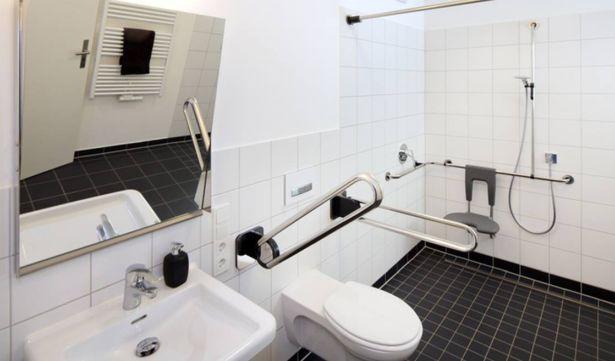 Dispositif médical : les chaises de douche pour PMR